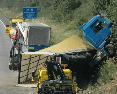 maine truck accident